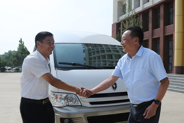 Warmly Welcome The Leaders Of Jining High-End Equipment Industry Research Group To Visit Shandong Lvbei